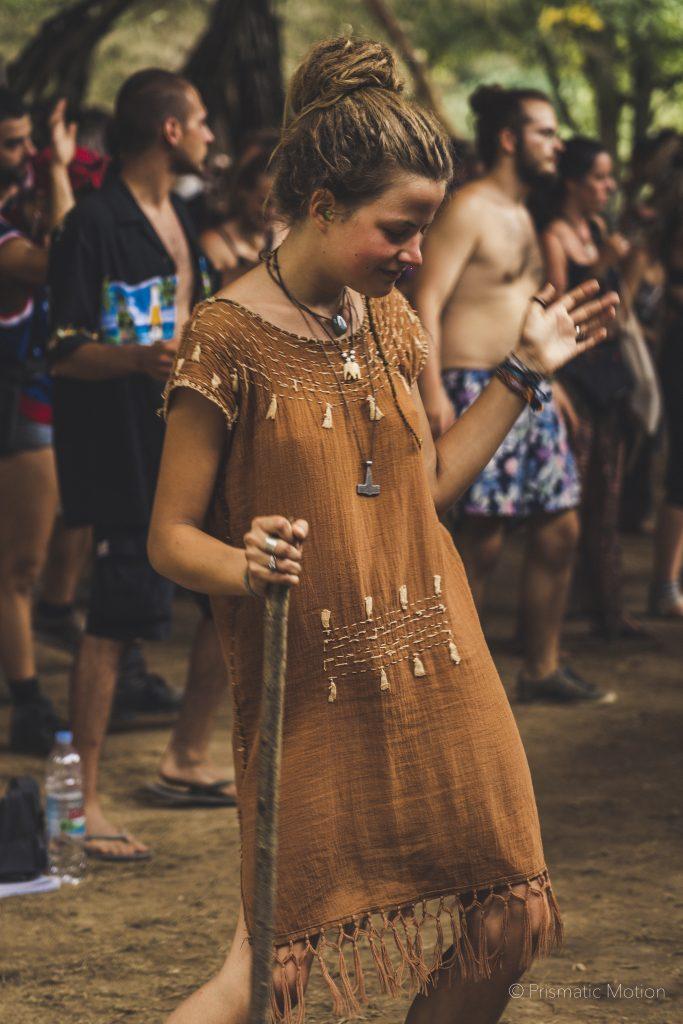 Girl dancing at Modem festival