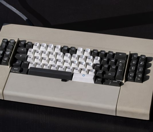 Keyboard that resembles an old Vic-64 computer